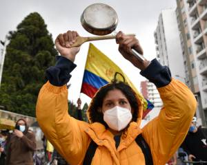 Colombia: Stop brutal attacks and killings of protesters