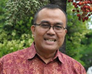 Indonesia: Academic at risk of imprisonment for online criticism of university hiring procedures