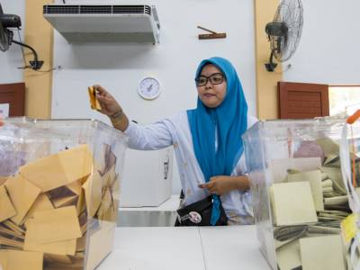 Reimagining democracy: 'People invested in wanting a change' – civil society and the Malaysia elections