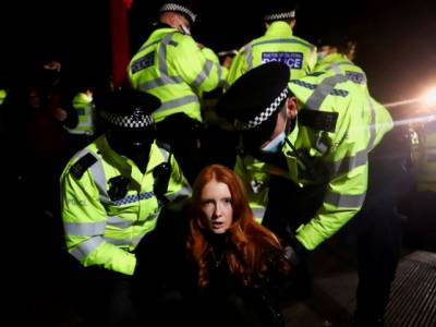 UK: Stop the violence against protesters and amend the Policing Bill