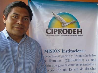 Honduras: 'El conflicto generado por la reacción ciudadana contra el fraude puede hacernos perder un año ahora, pero nos hará ganar diez en el futuro'