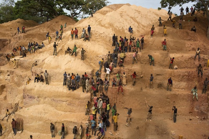 Report: Civil Society Rights and the Extractive Industries